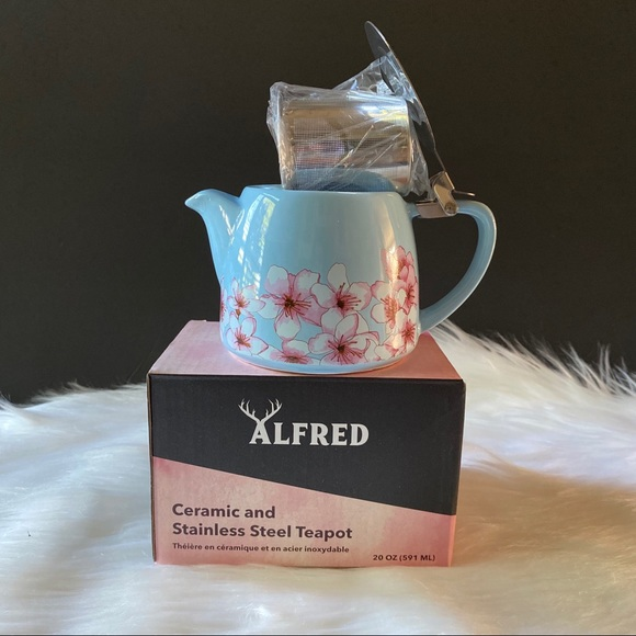 Ceramic and Stainless Steel Teapot 20oz. (In Box)